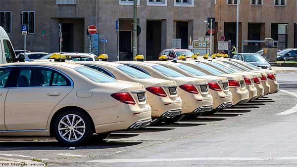 Сколько зарабатывают таксисты в Германии