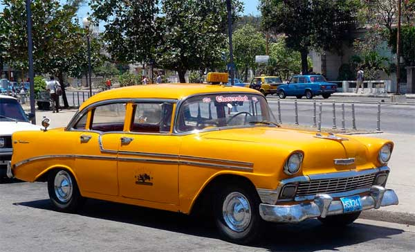 Сколько зарабатывают таксисты на Кубе